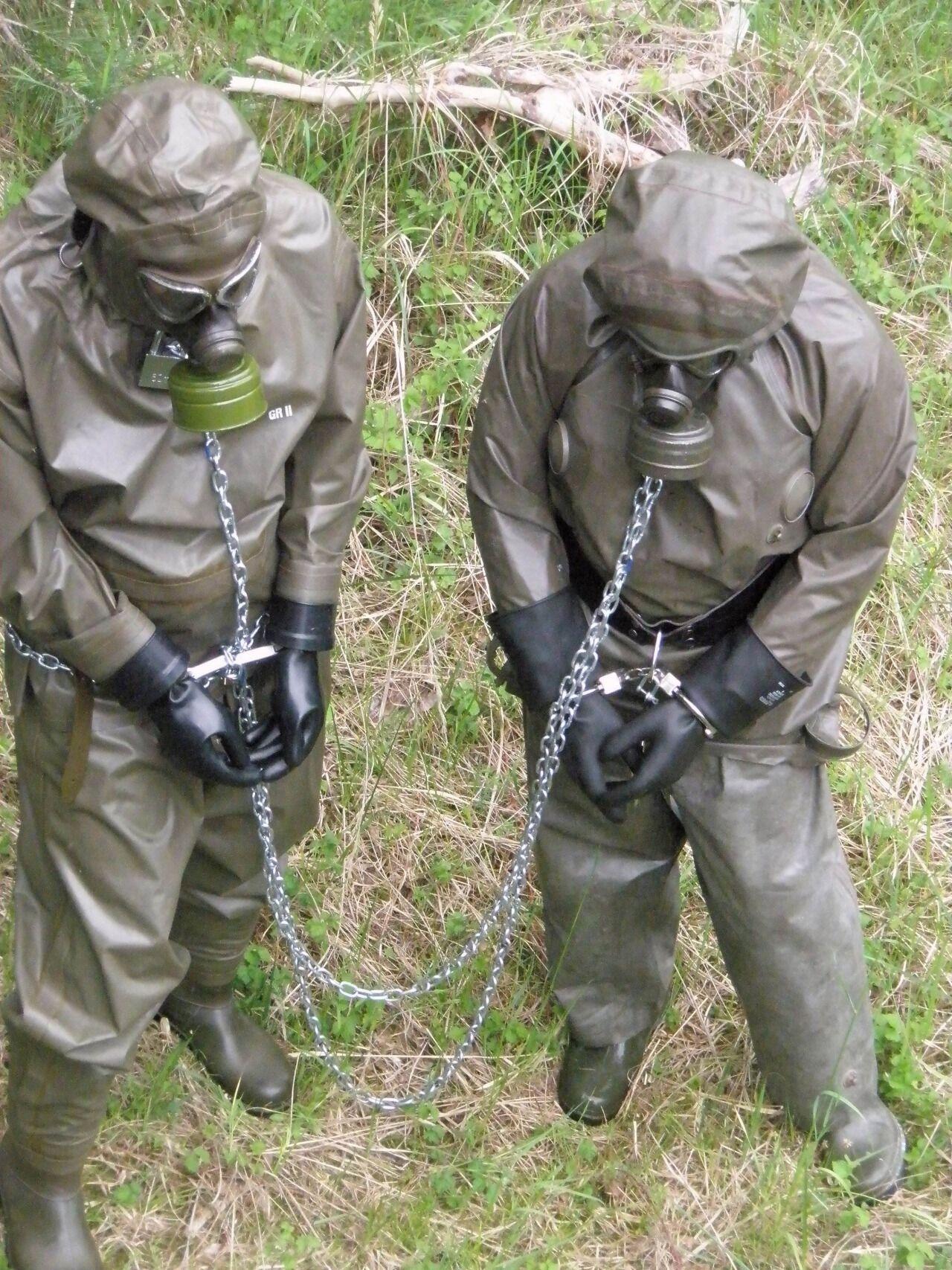 Gas mask doomsday sex - 3 5