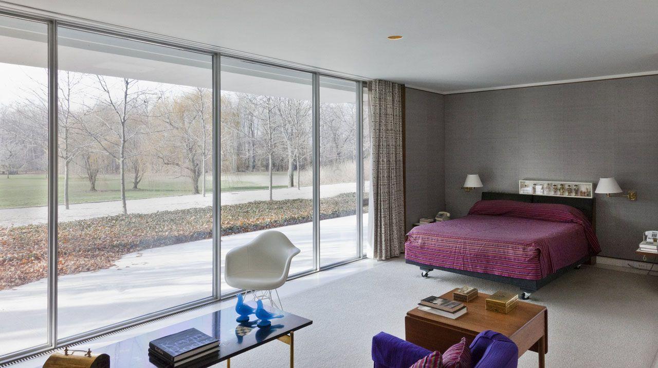 Eero Saarinen S Miller House Modern White Chairs Mid Century