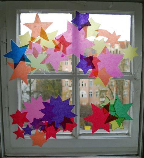 Weihnachten im Kunstunterricht in der Grundschule - 136s Webseite! Mehr #fensterdekoweihnachten