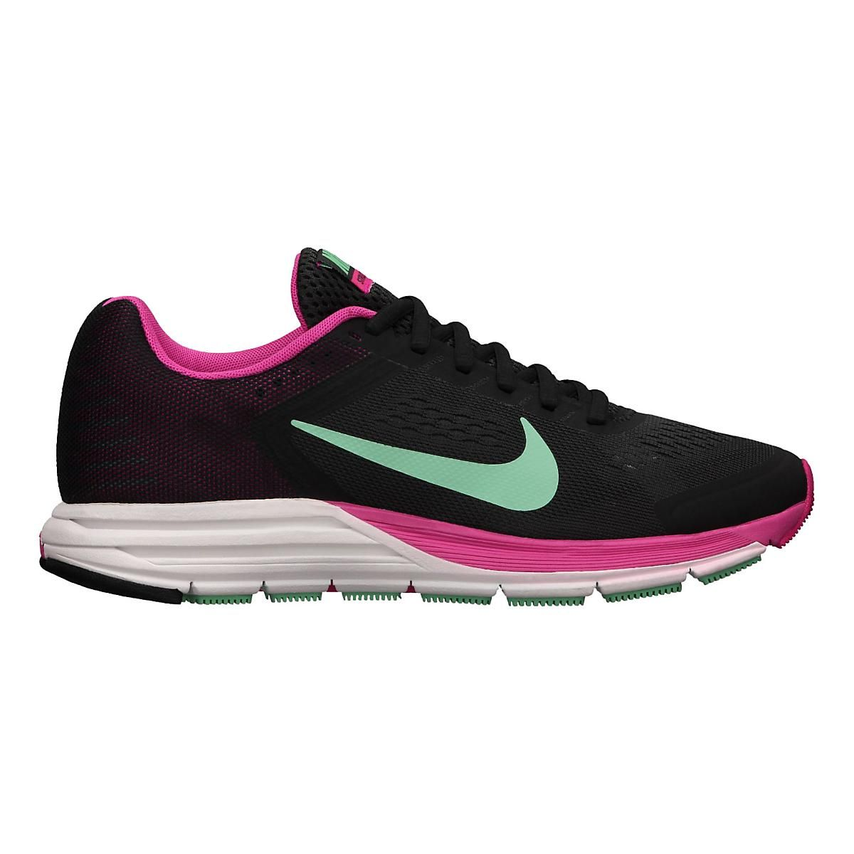 purchase cheap cbea4 62b33 Step-up your strides, running stronger and more confidently than ever  before in the newly updated Womens Nike Air Zoom Structure+ 17