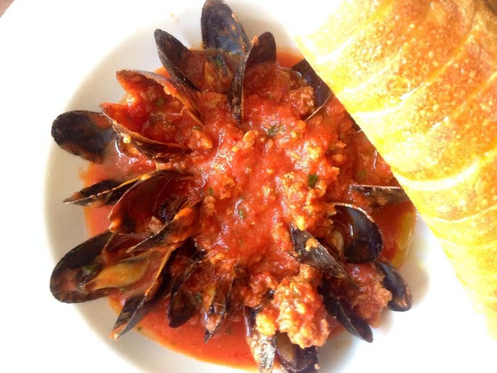 715 Restaurant - Mussels & Chorizo #Lawrence Kansas