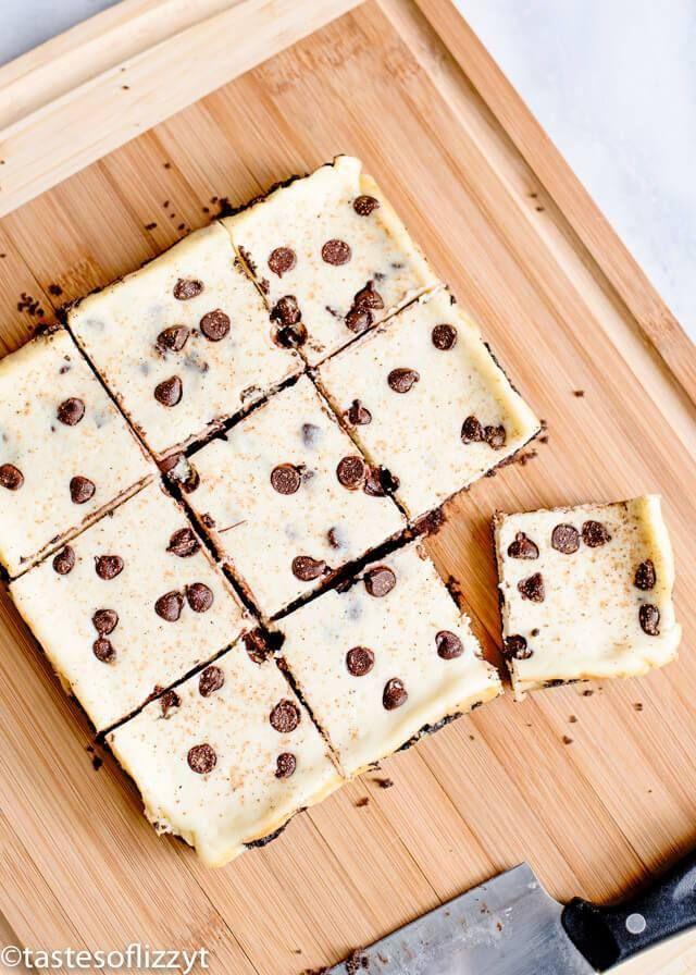 Eggnog Cheesecake Bars w/ Chocolate Chips Recipe {Easy Dessert Idea} #eggnogcheesecake