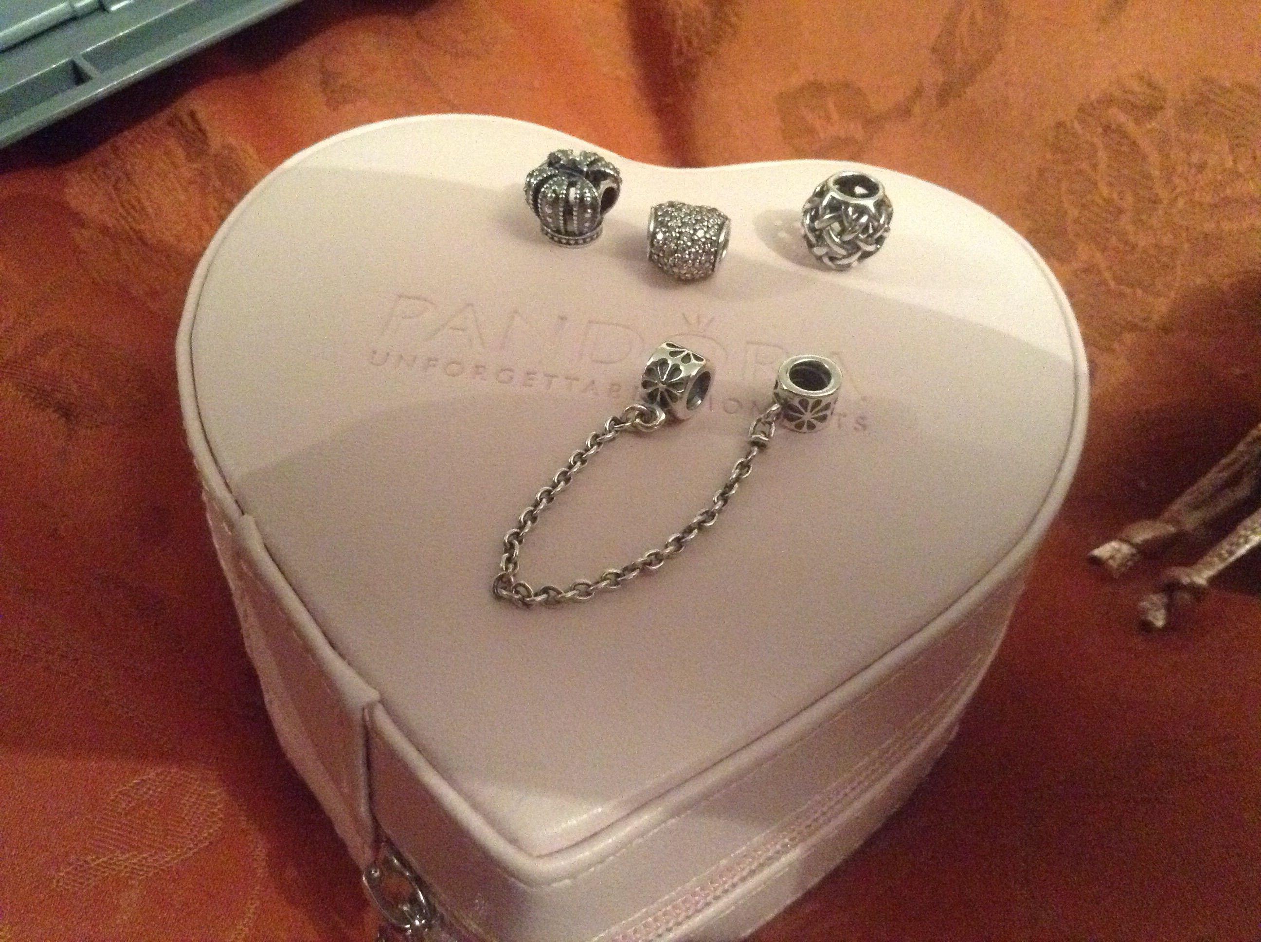 how to open pandora heart clasp bracelet
