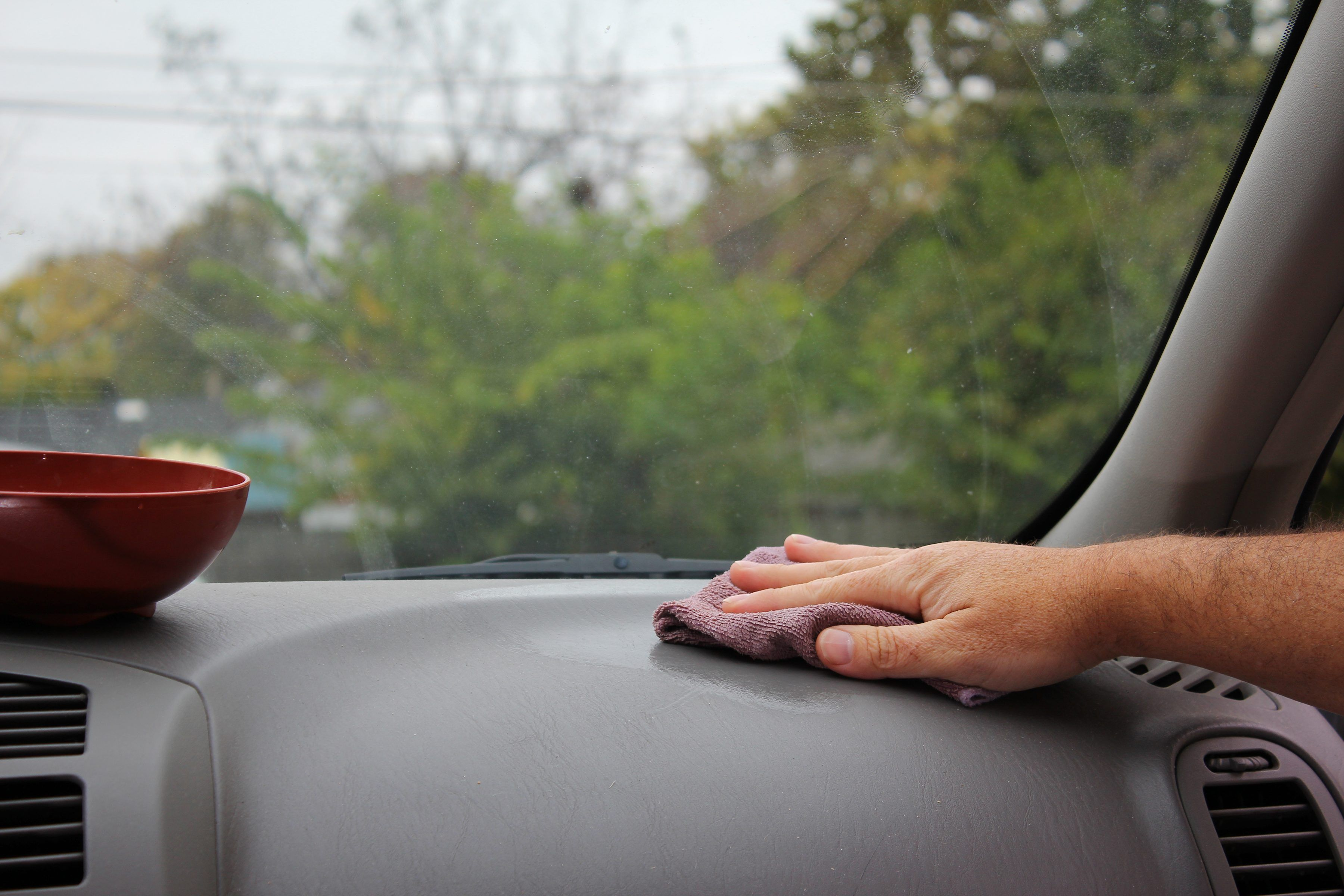 how to clean windshield inside