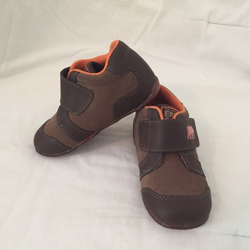 Baby Toddler Boy Girl Shoes Genuine Leather size 2 compare Stride Rite Walkers