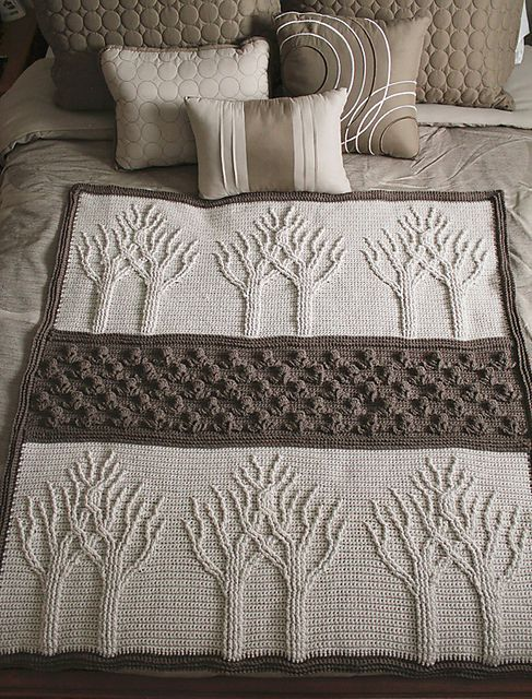 This crochet blanket looks so delicate and stunning! | Bordes ...