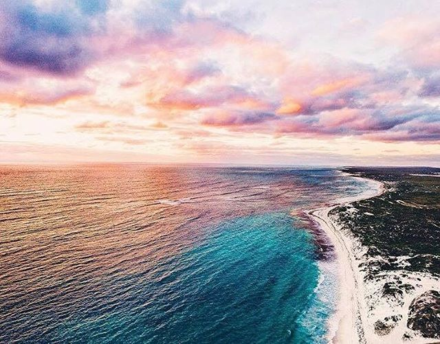 We would drive up to Lancelin just to see this amazing sunset!  #urbanlisted #urbanlistperth #lancelin #beach #sunset #ocean  @joshuadiong