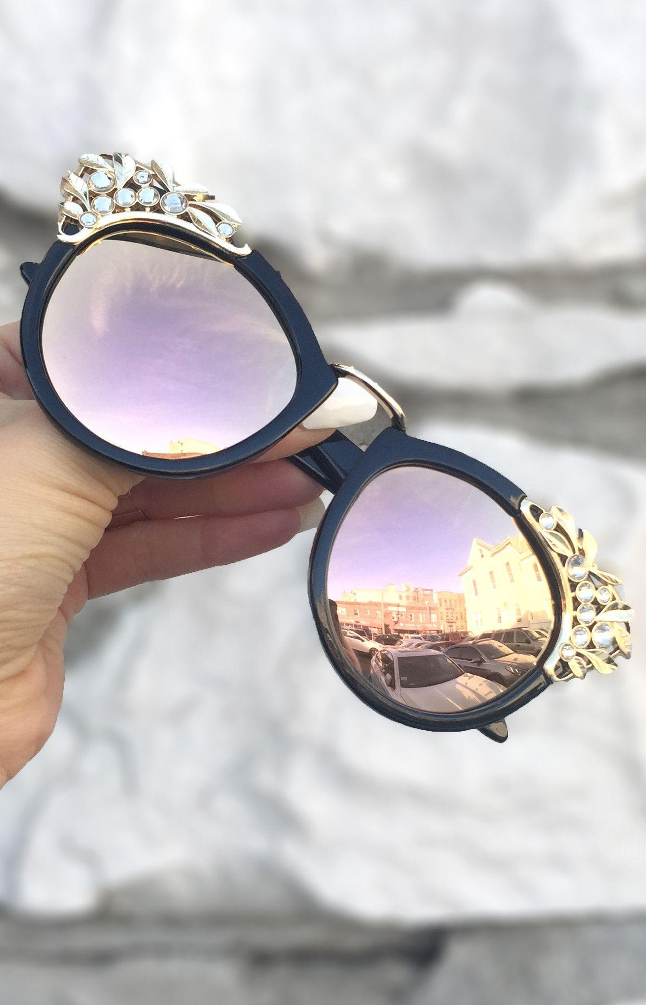 Grace Sunnies - Black Frame / Rose Gold Lens ...