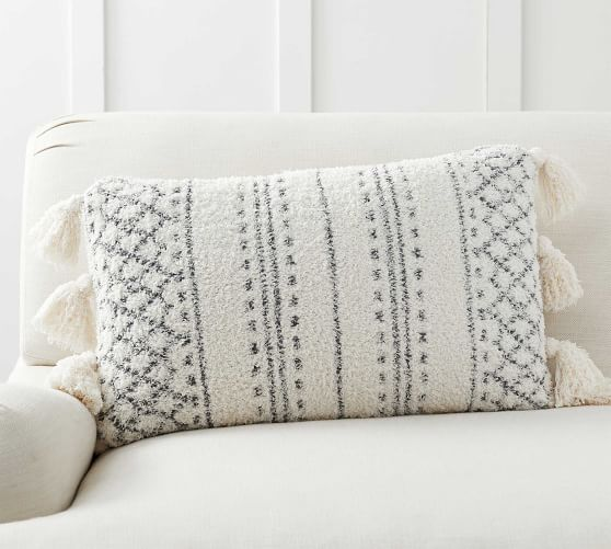 Cozy Tassel Trellis Lumbar Pillow Cover Lumbar Pillow Cover