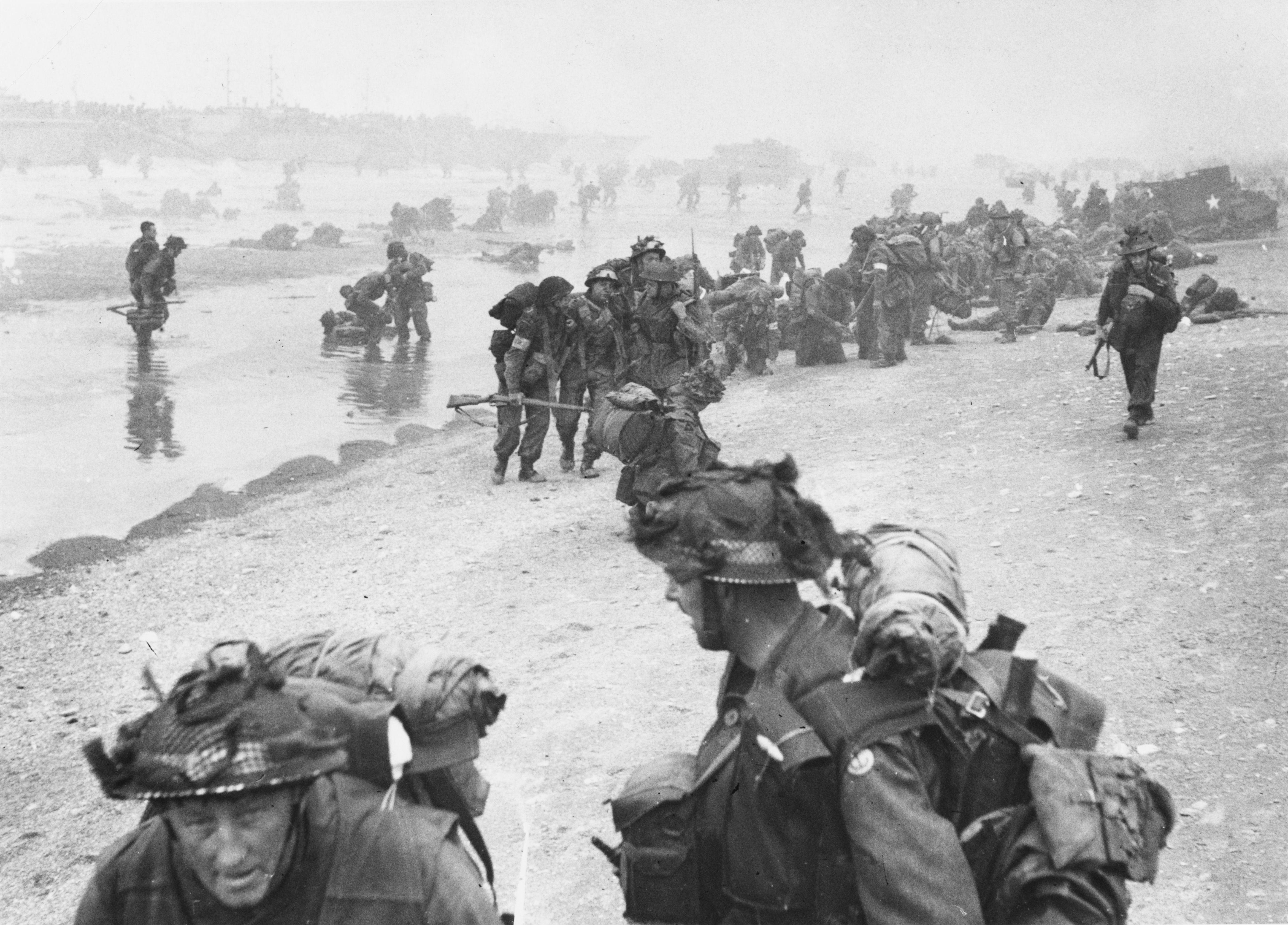 D Day Beaches Tours Day British Troops Landing Queen Beach Sword