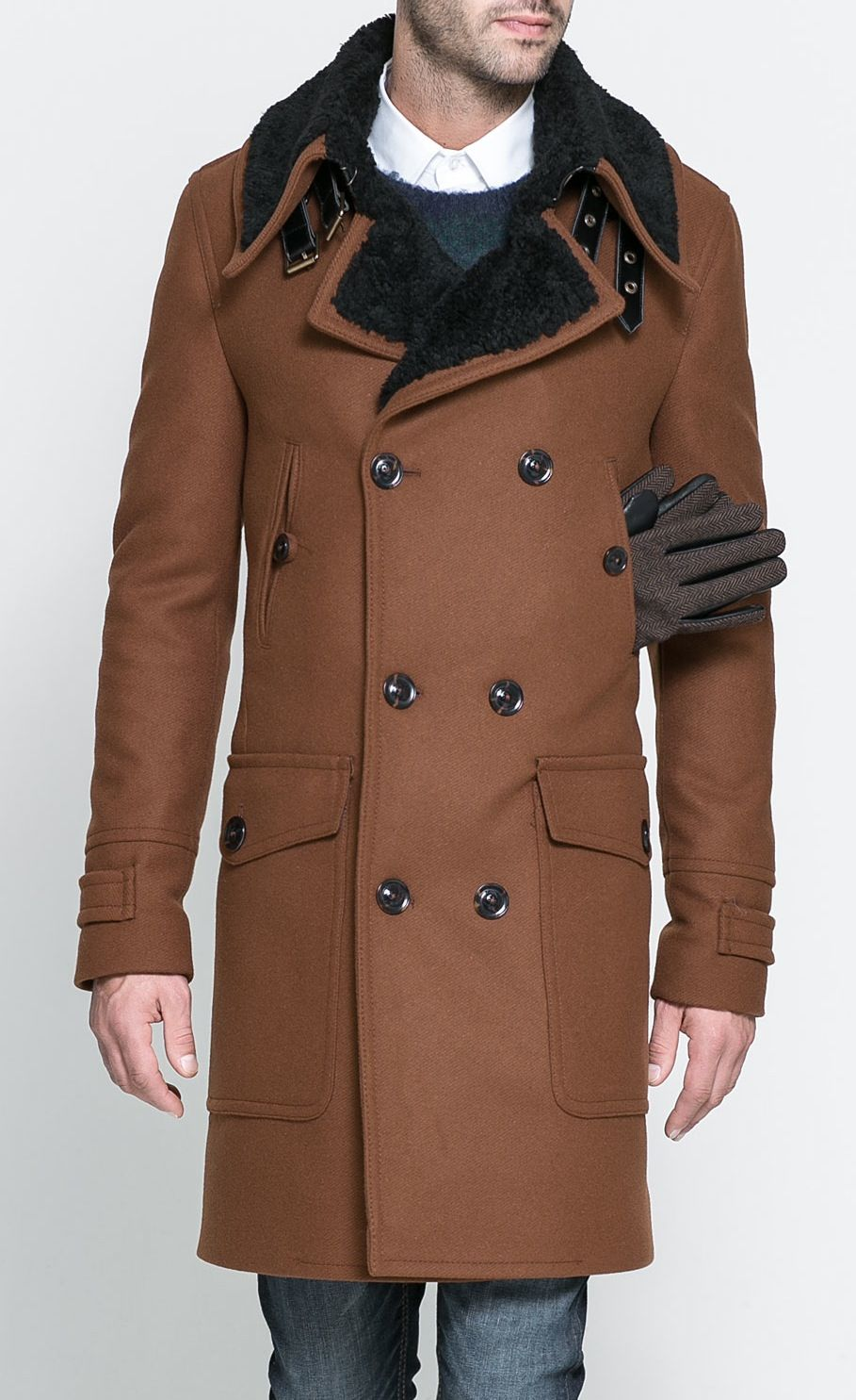 a0b013a3a061 Mode Homme   Manteau col fourrure synthétique de ZARA   Street Shooting –  Mode homme, mode femme, actualités mode, street style