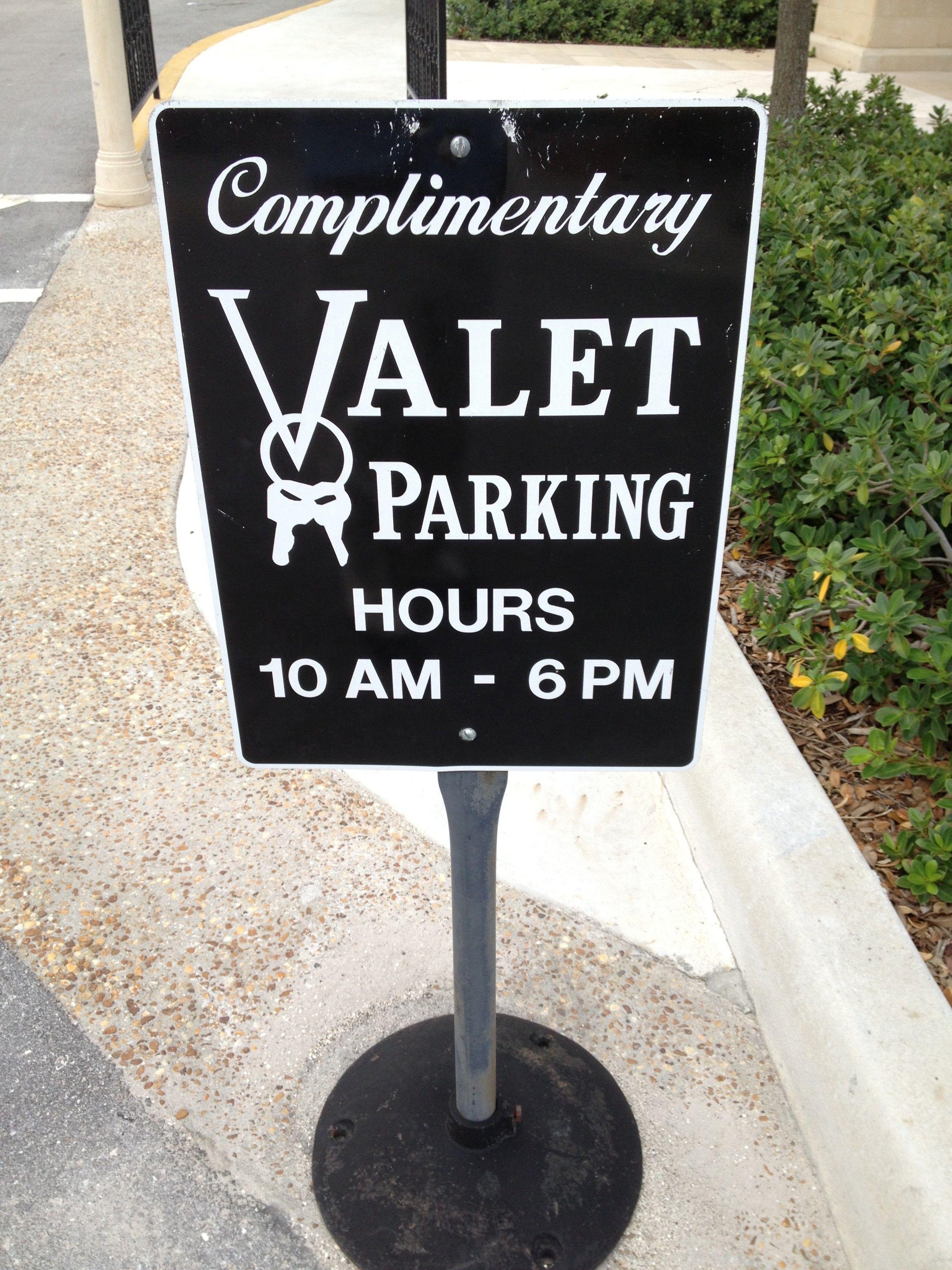 Valet Parking At Publix Supermarket Palm Beach