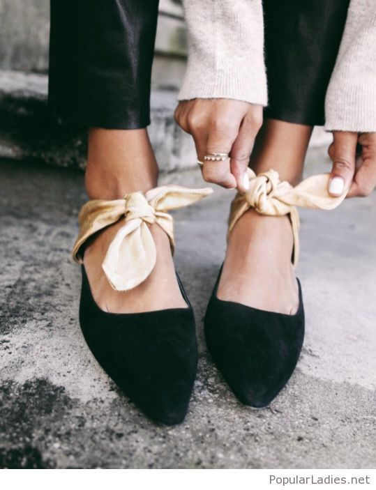 Black velvet flats with gold bows | Bow