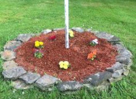 Flagpole design Garden/Yard Pinterest, Small Flag Pole Landscape ...