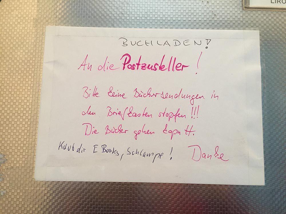 Seite 5 Von 576 Notes Of Berlin Ist Eine Hommage An All Die Notizen Die Berlin Tagtaglich Im Stadtbild Hinterlasst Witzige Spruche Spruche Notes Of Berlin