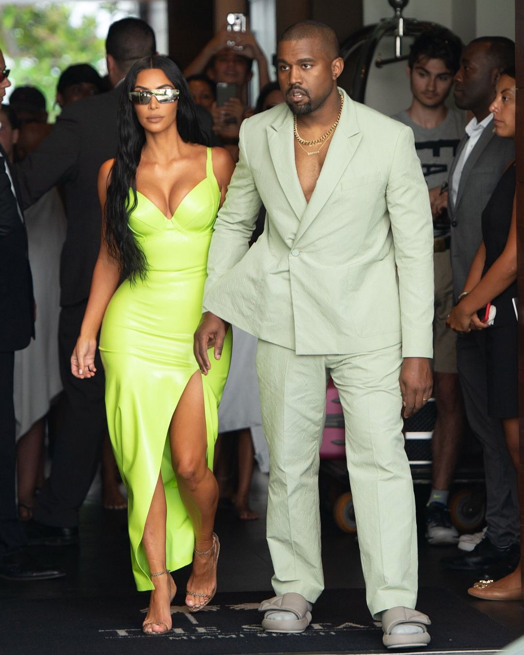 Kim And Kanye In Miami Kanye Wears A Louis Vuitton Suit With New Unreleased Yeezy Slide Kim Kardashian Style Outfits Kim Kardashian Outfits Kanye West And Kim
