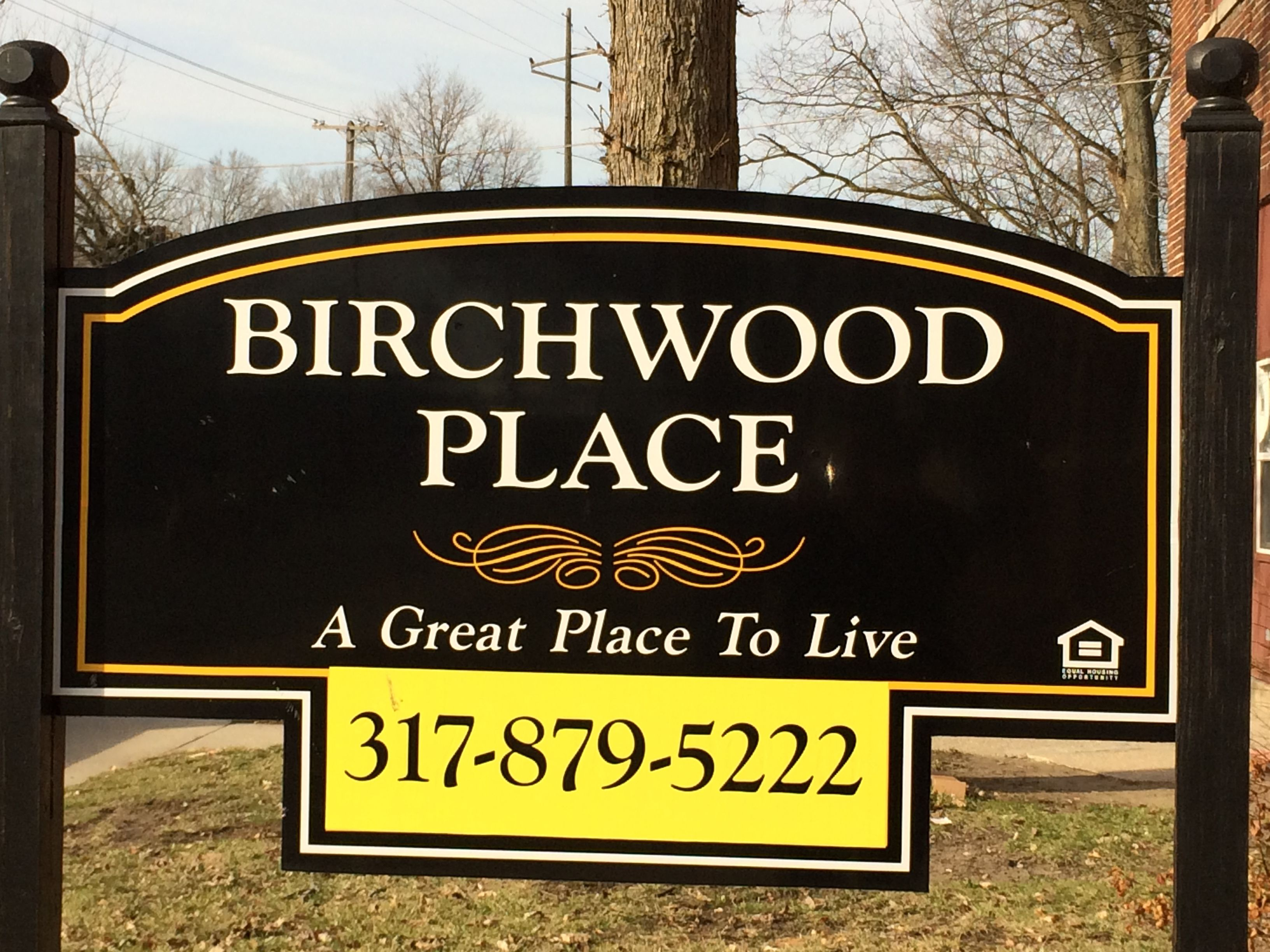 Birchwood Apartments Is An Apartment Building Located On The Corner Of Birchwood Avenue And Fairfield Avenue Just Birchwood Indiana State Apartment Building