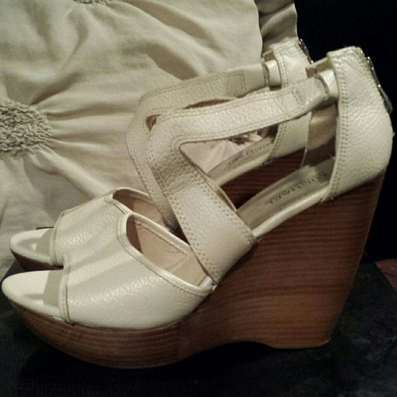 "Michael Kors platform sandal Cream leather platform wedge 5 "" with 1 1/2 ""platform excellent condition worn a couple of times MICHAEL Michael Kors Shoes Platforms"