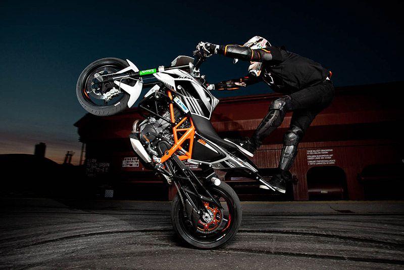 Rok Bagoros Ktm 690 Stunt Duke Ktm Motocross Stunt Bike Ktm