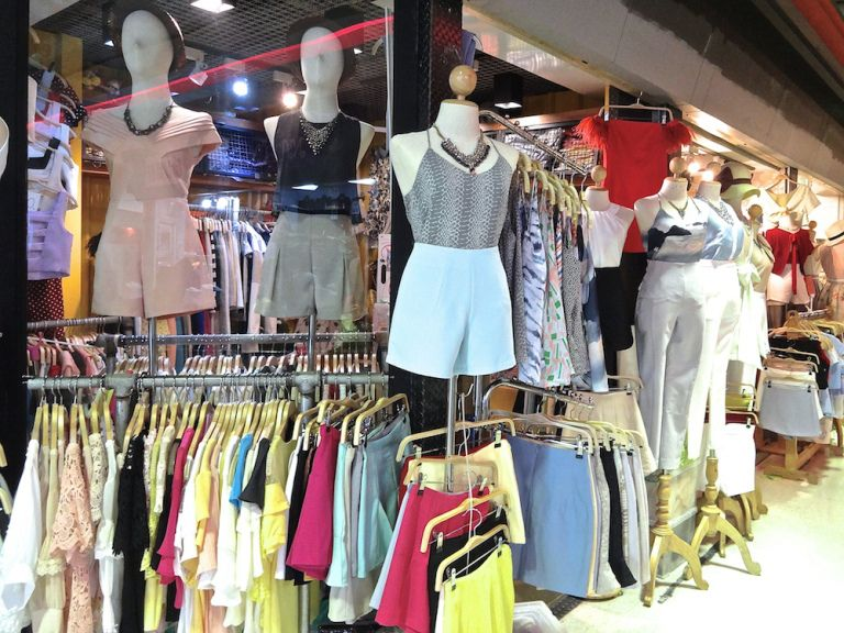 Where To Shop In Bangkok Union Mall Bangkok S Best Kept Secret Bangkok Shopping Bangkok Fashion Thailand Shopping