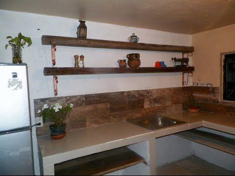 Detallado De Barra De Cocina En Porcelanato Y Cemento