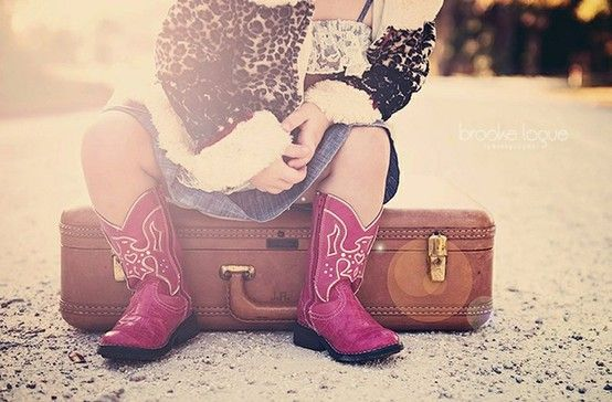 We LOVE luggage photography…especially when cute cowboy boots are involved! (pinned by: @mysweetness)