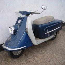1961 heinkel tourist 103 a2 heinkel tourist 103 175cc. Black Bedroom Furniture Sets. Home Design Ideas