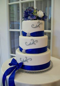 Cobalt Blue And Silver Wedding Cakes Google Search Royal Blue Wedding Cakes Wedding Cake Flowers Blue Simple Wedding Cake