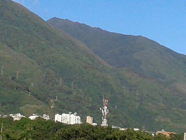 El Avila desde mi casa, bello? Imponente, el guardián de Caracas
