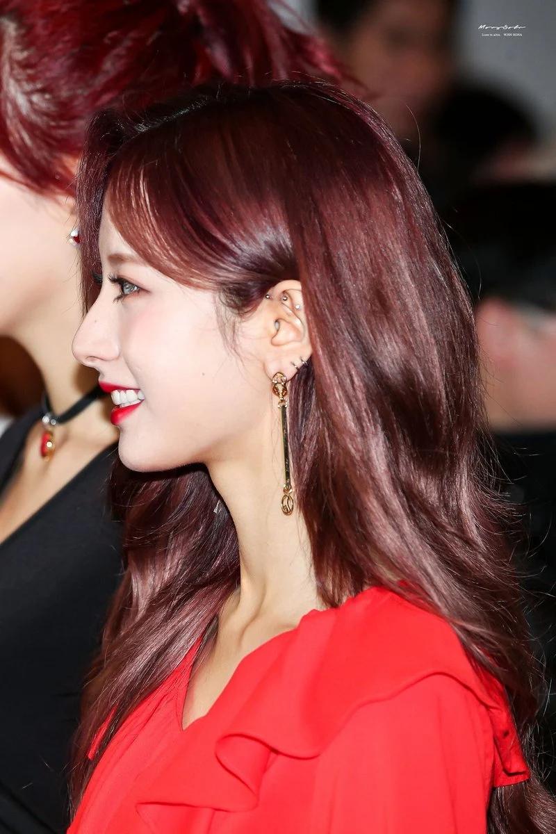 These 17 Female Idols Will Make You Want Piercings Asap Koreaboo Piercings Ear Gauges Piercing