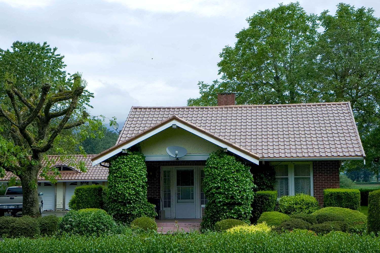 Best Aged Copper Metal Mediterranean Tile Roof Farm House 400 x 300