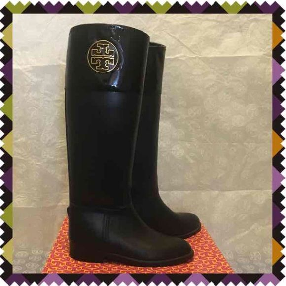 d3cf122a306a Tory Burch Aigle Winnie Rainboots Rain Boot Boots Pre owned condition