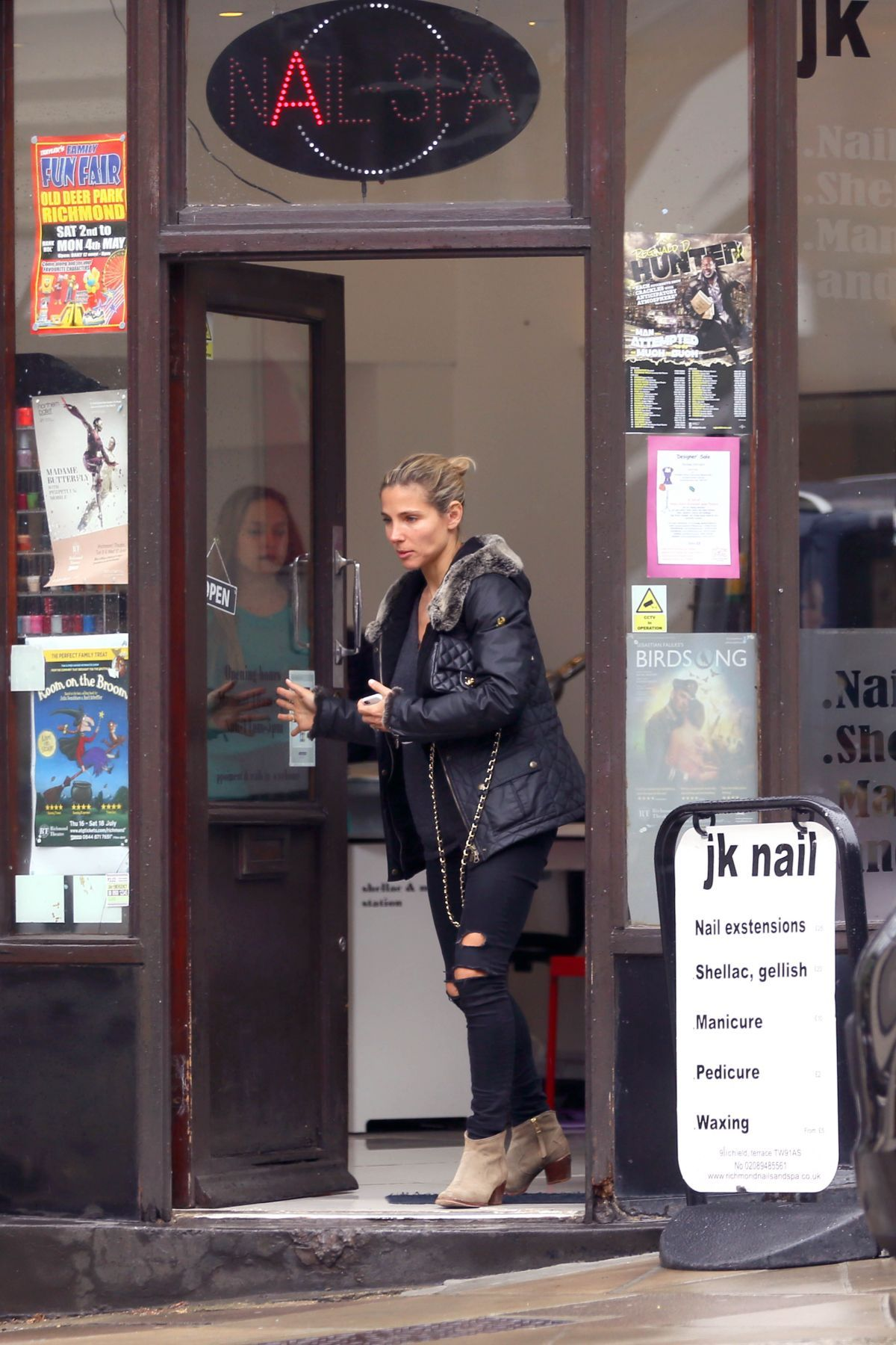 elsa-pataky-out-and-about-in-london-05-182015_6.jpg (1200×1800)