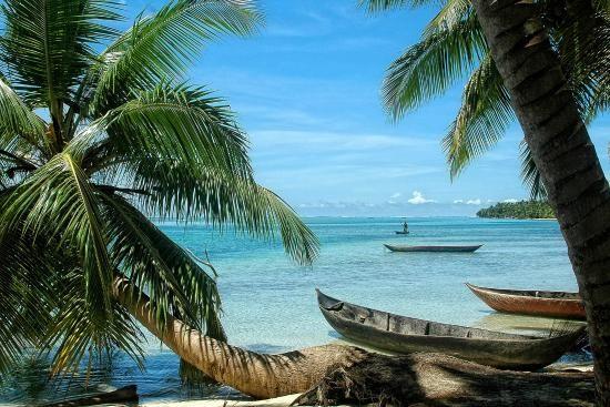 Roatán, Islas de la Bahía La tercera entre: Las 10 islas más populares: Mundo Según Travellers' Choice de TripAdvisor  http://www.tripadvisor.es/TravelersChoice-Islands