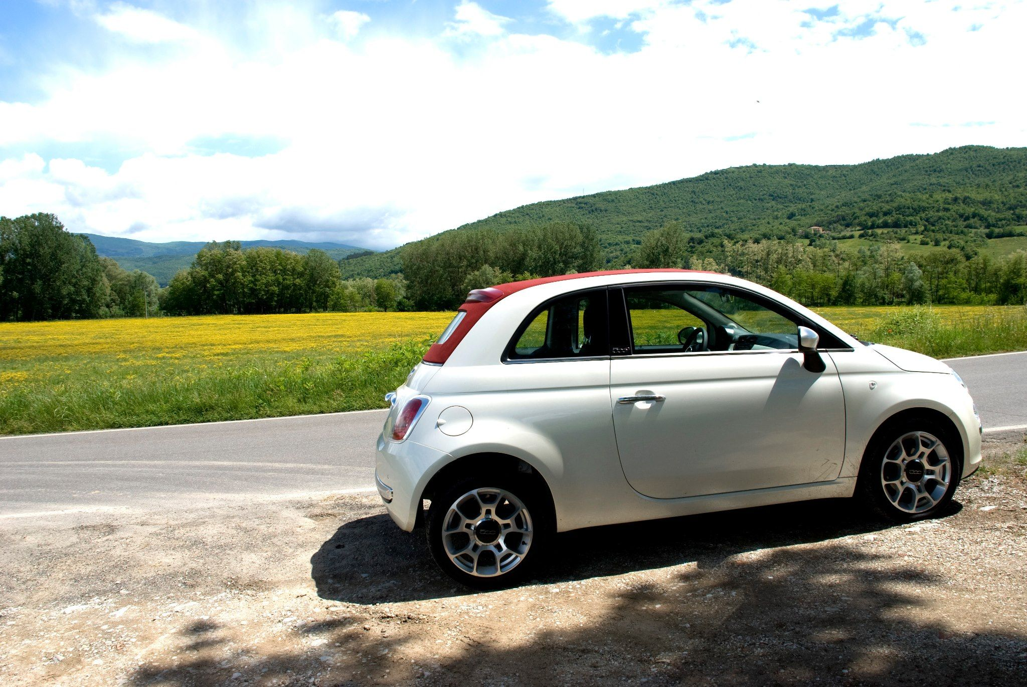 Fiat 500 White with Red Sunroof