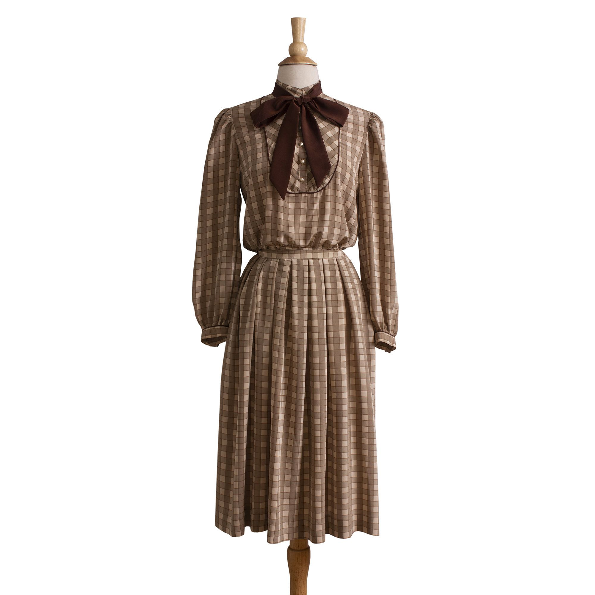 Vintage 1980s New Name In Town Black Blue Floral Top Skirt Set Women/'s Medium