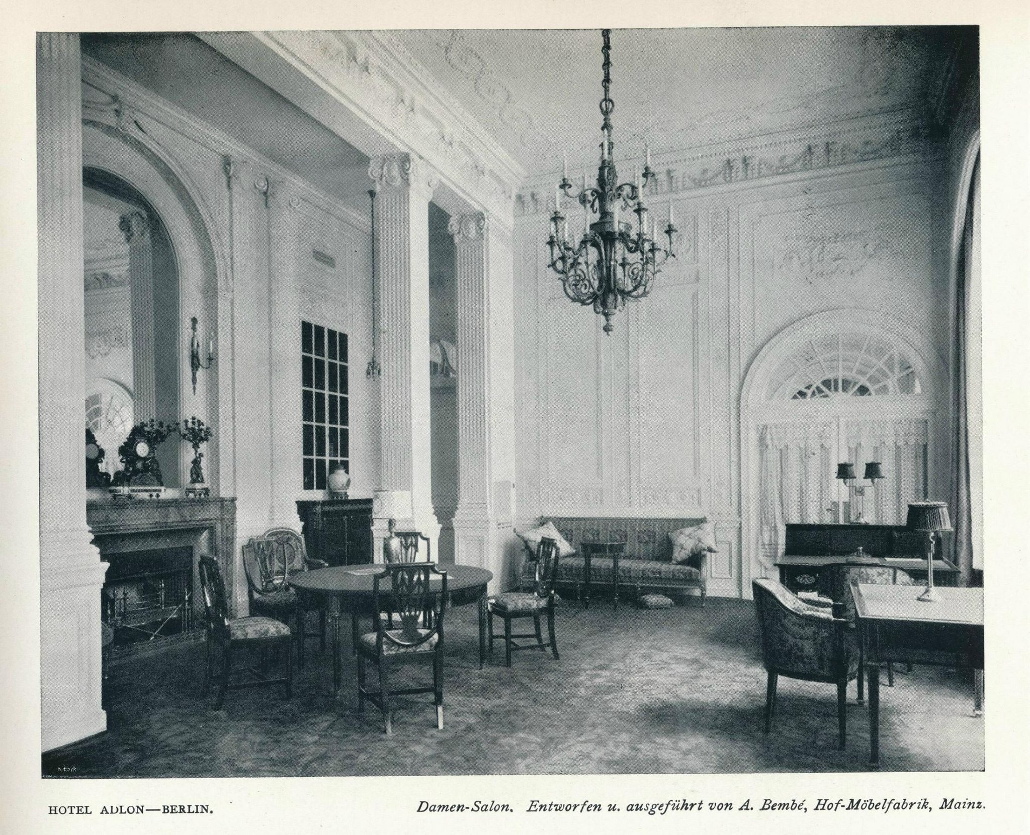https://flic.kr/p/xXycGK | Innendecoration 1908 Berlin Hotel Adlon  j4