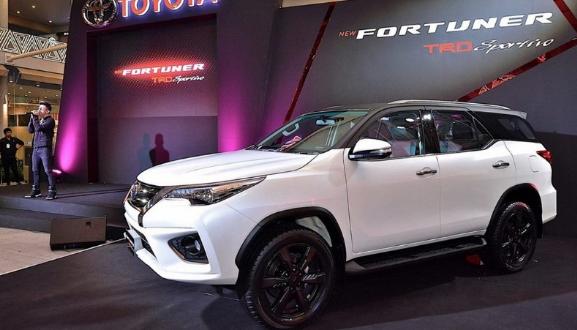 2021 Toyota Fortuner In 2020 Toyota Suv Trucks Crossover Suv