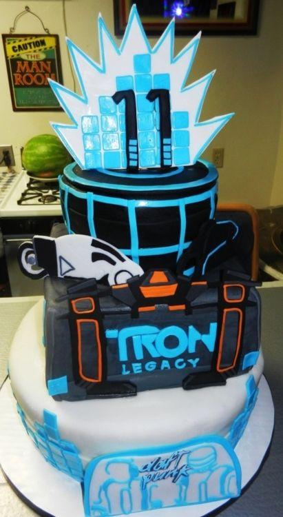 Tron Legacy Cake