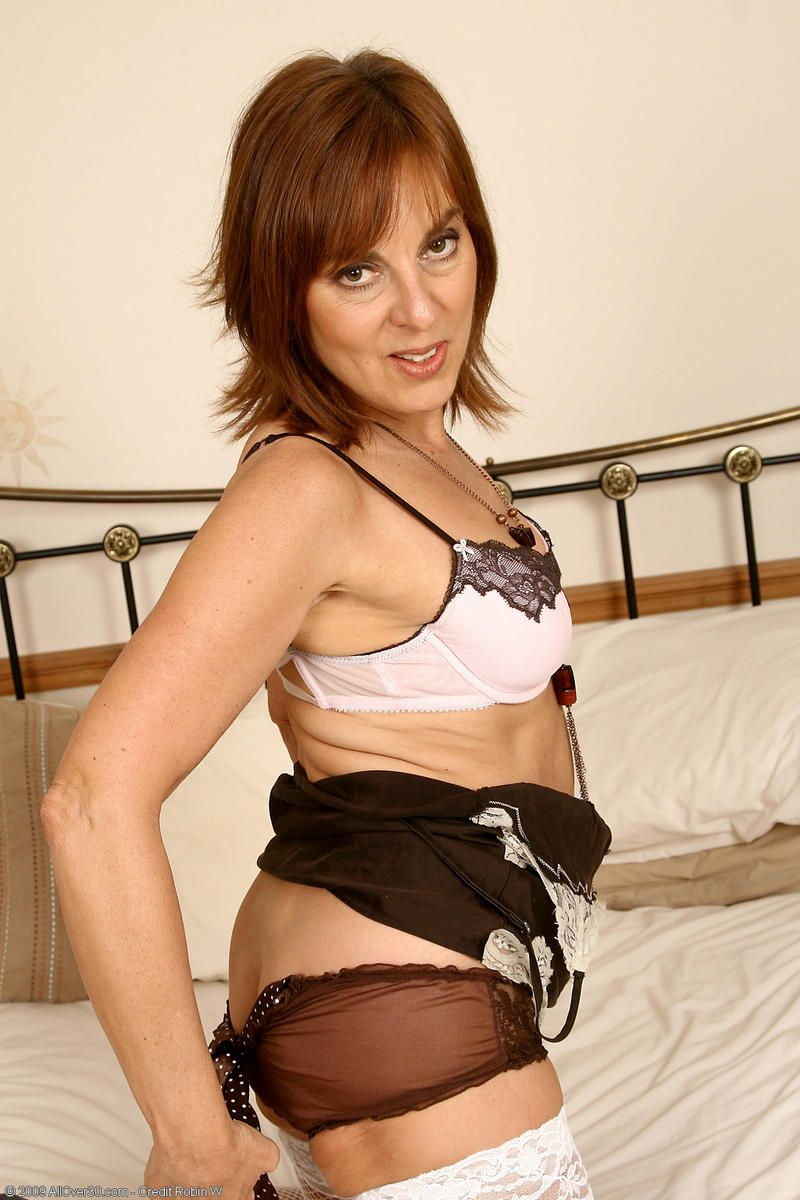 Georgie british mature