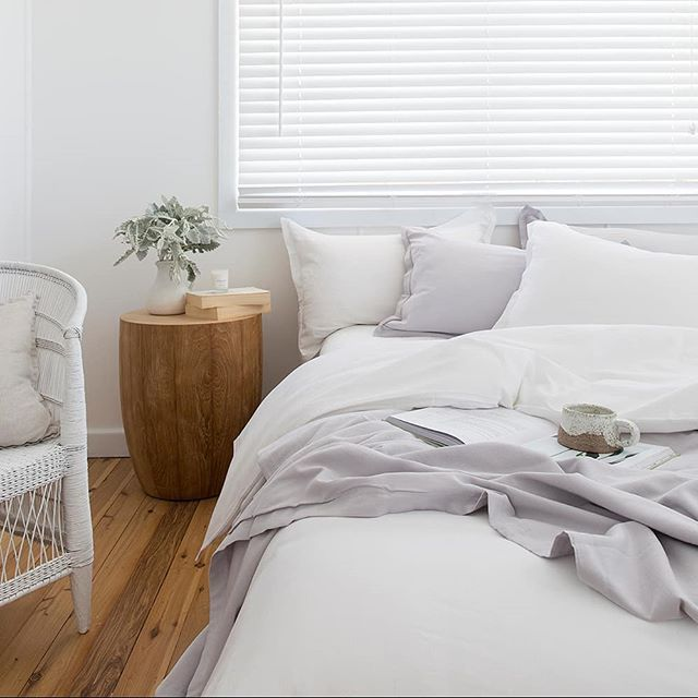 Best Add Ash Grey Pillows To Your White Bedlinen For A Cool 400 x 300