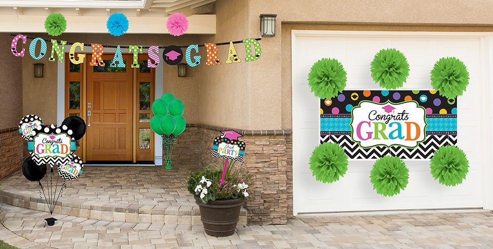 Outdoor Graduation Decorations   Outdoor graduation party decorations, Graduation party supplies ...