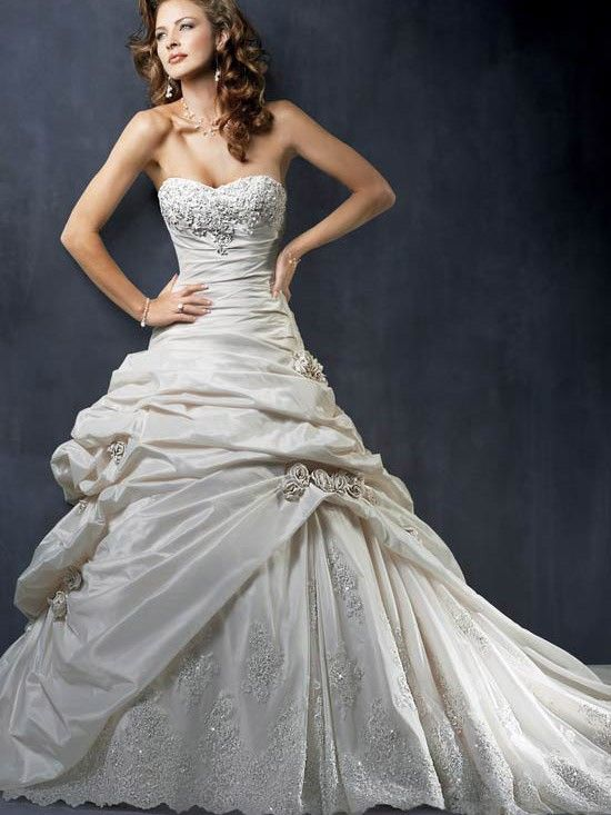 Found my dream dress<3<3<3 It\'s everything I\'ve ever wanted in a ...