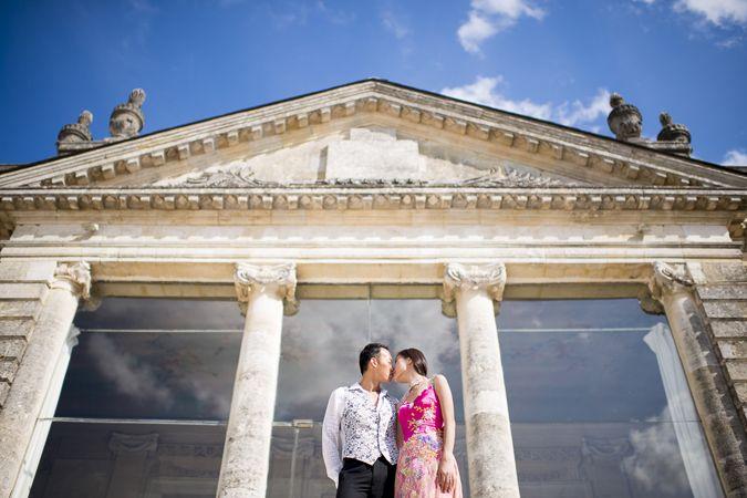 Wedding pics @ Chateau Saint Georges, St Georges St Emilion  http://www.prettydays.fr/joe-celia-love-session-saint-emilion/