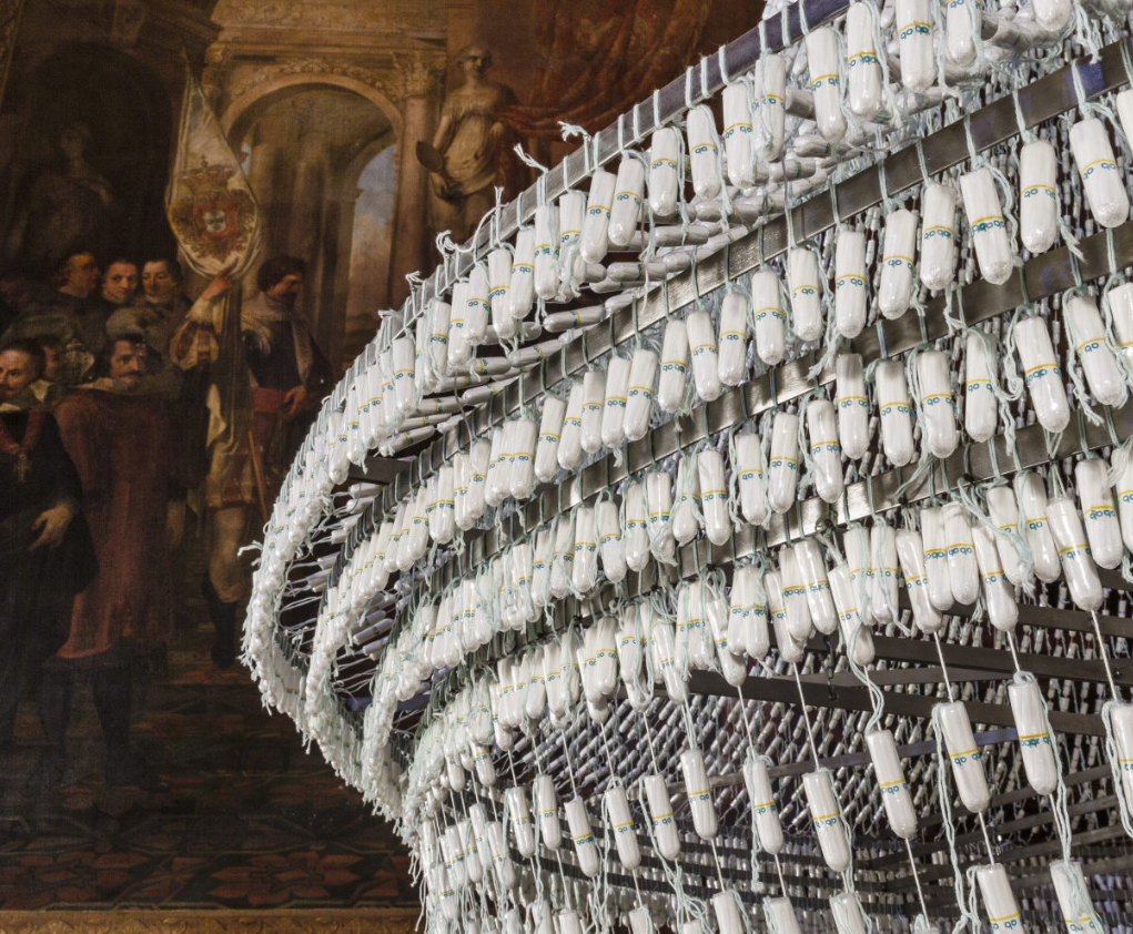 "joana vasconcelos ""the bride"" detail"