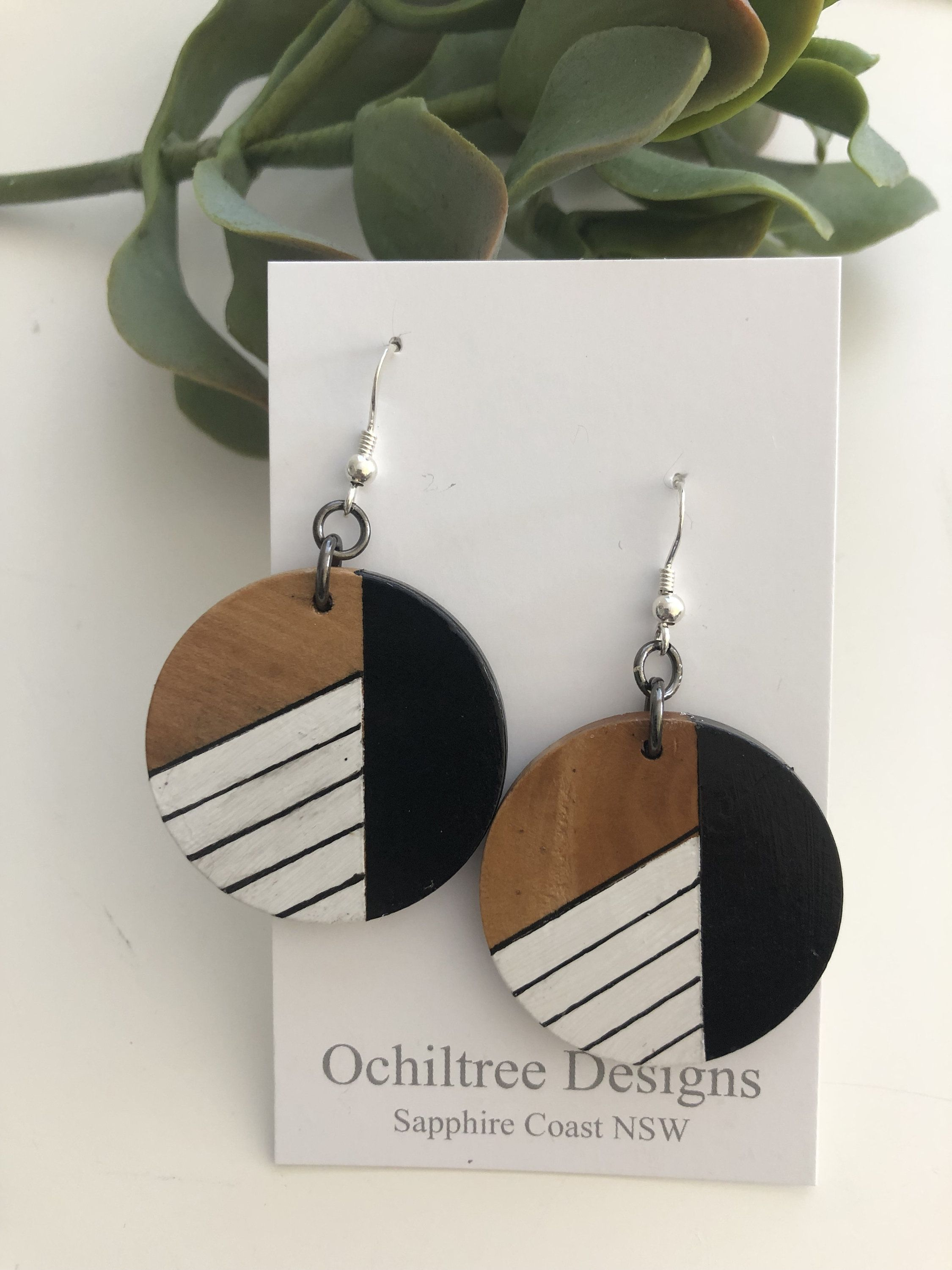 Hand Painted Wooden Earrings Etsy Wooden Earrings Hand Painted Earrings Diy Leather Earrings