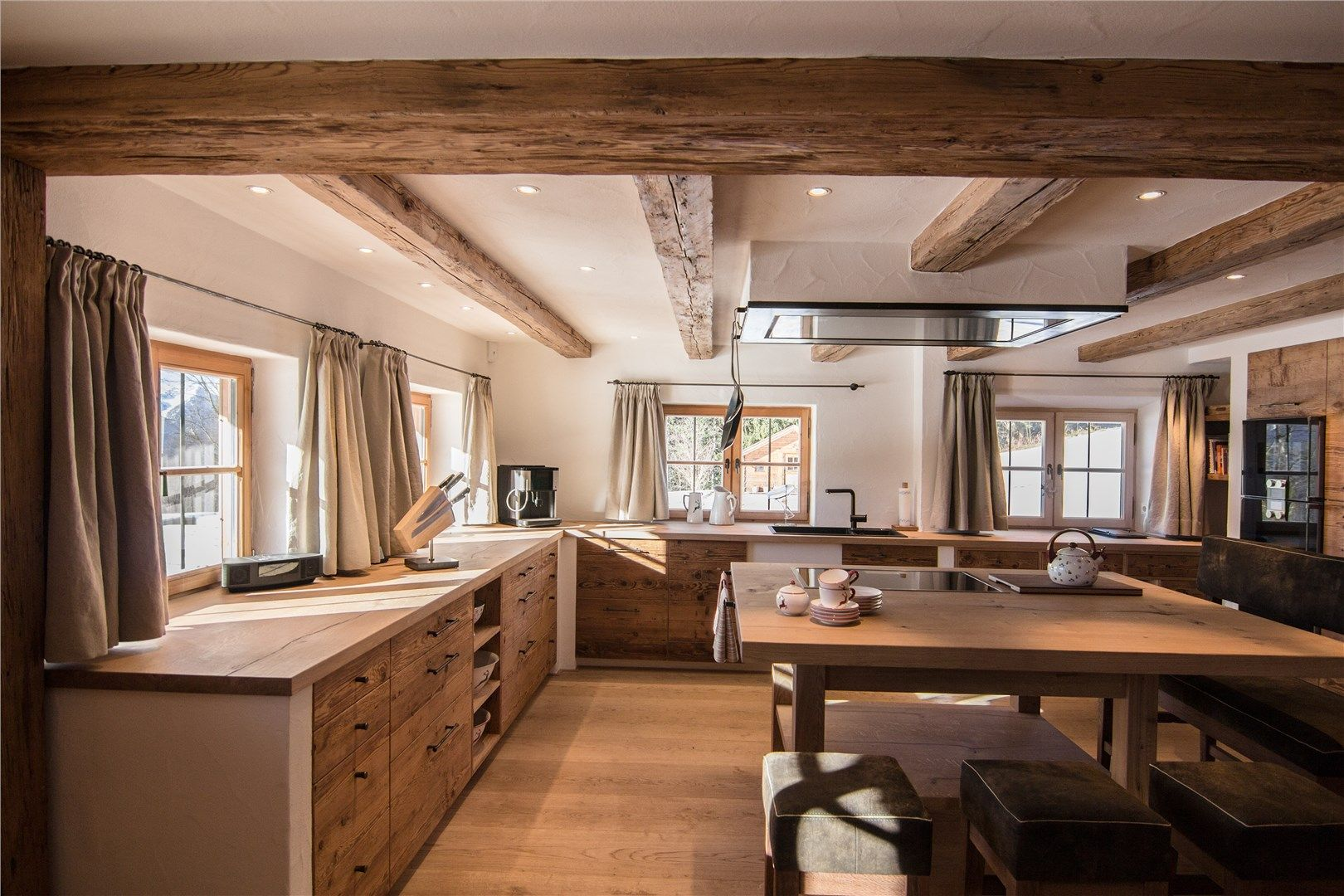 bauernk che recherche google farm house kitchen. Black Bedroom Furniture Sets. Home Design Ideas