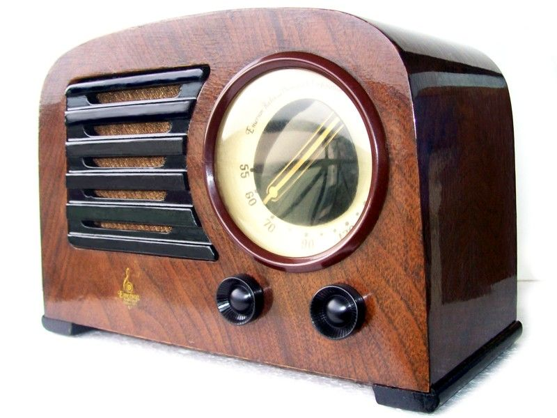 1947 Emerson 544 AM Table Radio designed by Norman Bel Geddes