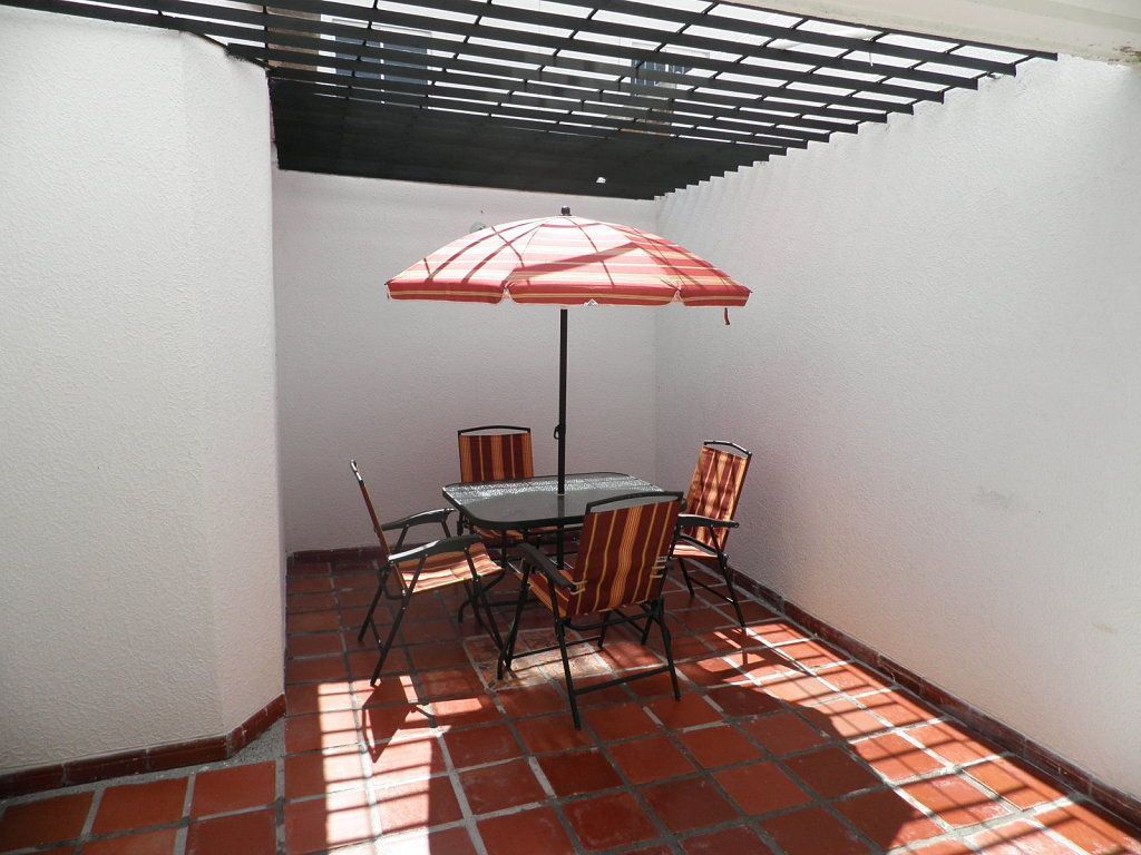 Google image result for for Toldos para patios pequenos