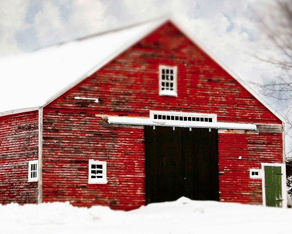 Red Barn Home Decor